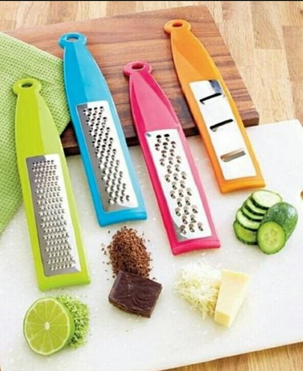 رنده چندکاره ۴تایی دستی آشپزخانه handheld graters-تصویر اصلی