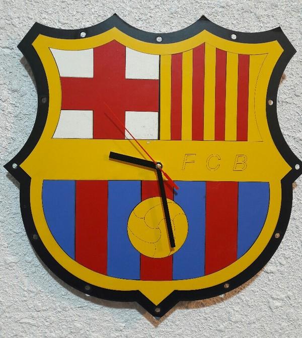 ساعت بارسلونا-تصویر اصلی