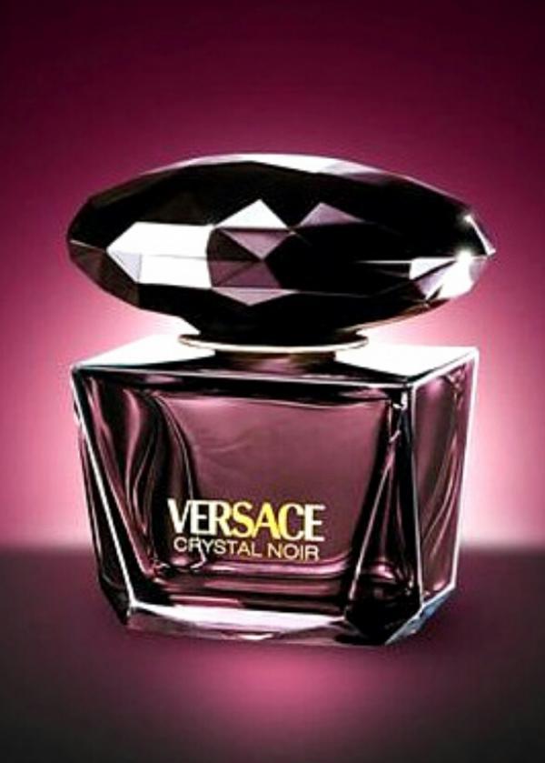 ادکلن زنانه ورساچه کریستال نویر (Versace Crystal Noir)-تصویر اصلی