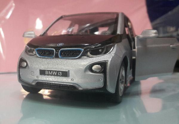 بی ام دبلیو BMW-تصویر اصلی