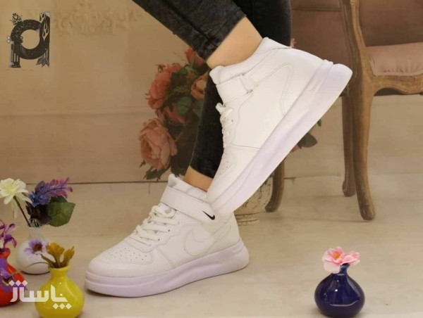 کفش کتونی دخترونه بندی-چسبی نایک-تصویر اصلی