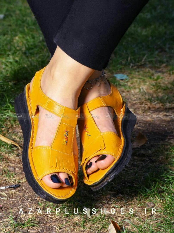 کفش صندل بند دار تمام چرم مدل لارا زرد-تصویر اصلی
