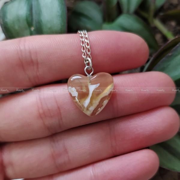 گردنبند عقیق عسلی طرح قلب ظریف-تصویر اصلی
