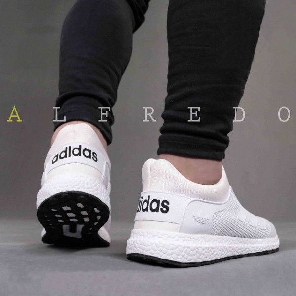 کفش ورزشی آدیداس-تصویر اصلی