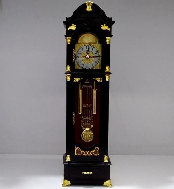 ساعت ایستاده فانتزی-تصویر اصلی