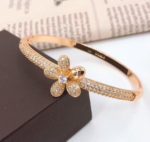 دستبند ظریف و زیبای ژوپینگ-تصویر اصلی