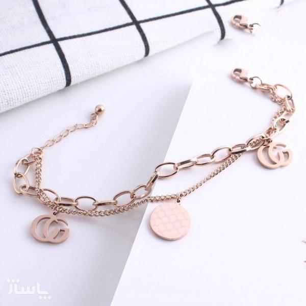 دستبند زنجیری زنانه آویزدار استیل رنگ ثابت ضد حساسیت طرح گوچی کد32203-تصویر اصلی