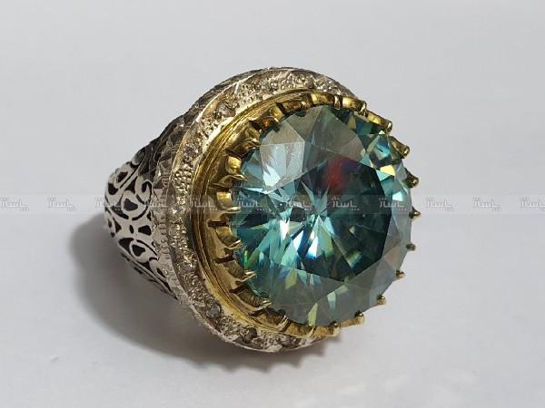 انگشتر غولپیکر منحصر به فرد الماس روسی یا موزانایت ۶۰ قیراطی-تصویر اصلی