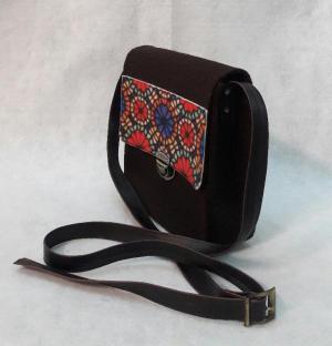 کیف پستی دست دوز نمدی قهوه ای-تصویر 3