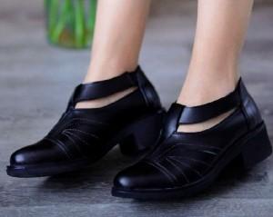 کفش کد ۶۱۸