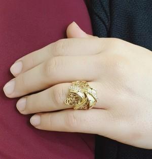 انگشتر طرح طلا