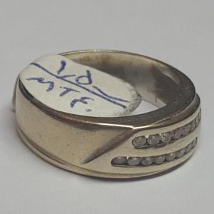 انگشتربرلیان اصل و طلا ۱۸عیار کم اجرت-تصویر 2