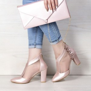 کفش ساتین