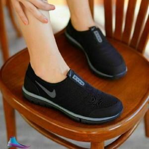کفش برند جورابی