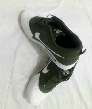 کفش مردانه نایک سبز و سفید-تصویر 5