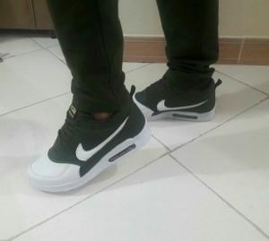 کفش مردانه نایک سبز و سفید-تصویر 2
