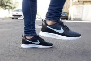 کتونی پسرونه Nike D R-تصویر 2