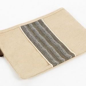 کیف آرایشی برند caudalie