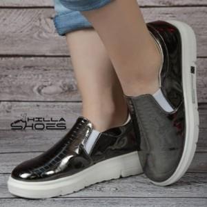 کفش کالج ورنی نقره ای