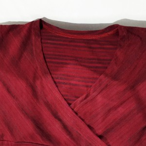 تی شرت زنانه ویسکوز با استایل کژوال مدل یقه چپ و راست-تصویر 4