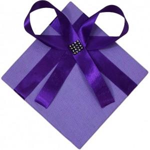 باکس هدیه سایز بزرگ مدل پاپیون + هدیه-تصویر 3