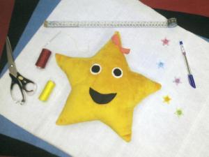 بالش فانتزى كودكانه (ستاره)