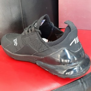 کفش مردانه ورزشی نایک-تصویر 4