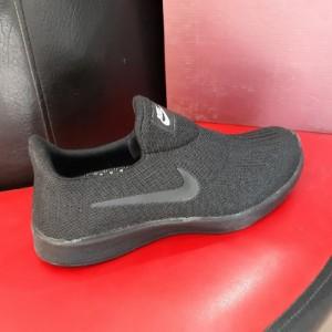 کفش مردانه پیاده روی-تصویر 2