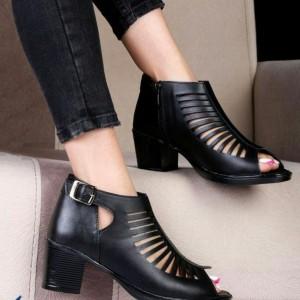 کفش کتانی تابستانی
