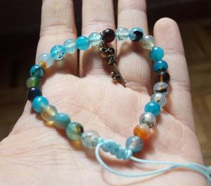 دستبند سنگ اصل عقیق دریایی