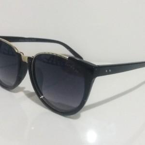 عینک آفتابی زنانه گرانجو مدل 8296-تصویر 3
