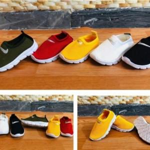 کفش ورزشی ادیداس بافت بچگانه-تصویر 4
