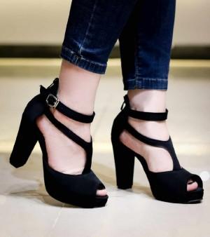 کفش مجلسی لژدار