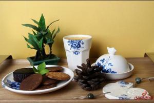 ظرف کره و پنیر آبی گل سرمه ای-تصویر 5