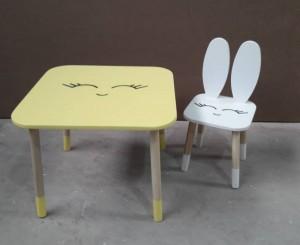 میز و صندلی خرگوشی با پلک و دهن