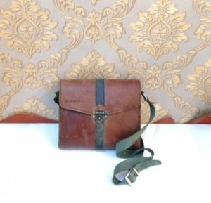 کیف چرم طبیعی دو رنگ قفل دار آقای چرم-تصویر 5