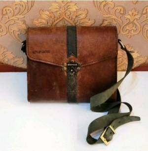 کیف چرم طبیعی دو رنگ قفل دار آقای چرم-تصویر 4