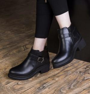 کفش کد ۷۶۴