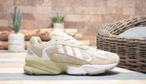 کفش کتانی adiads Yung-1