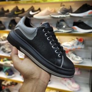 کفش کتانی مکوئین ۲۰۲۰ بلک لایت-تصویر 4