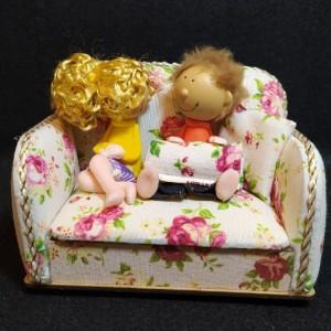 مجسمه دختر پسر مبلی-تصویر 2