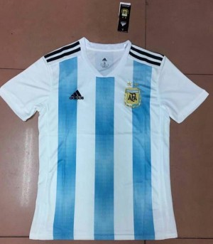 پیراهن اول تیم ملی آرژانتین