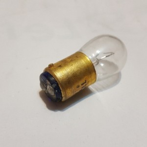 لامپ تک کنتاک دوپل آمریکایی