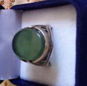 انگشتر یشم سبز معدنی اصل-تصویر 3