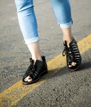 کفش کد ۸۳۸