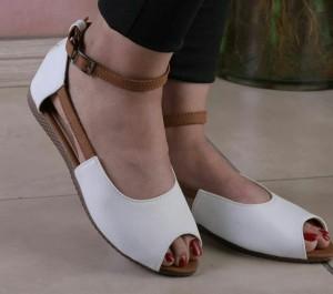 کفش کد ۶۰۰