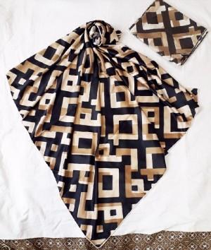 روسری ساتن اعلا طرح مکعب رنگی