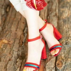 کفش پاشنه دار رویه هولوگرام-تصویر 3