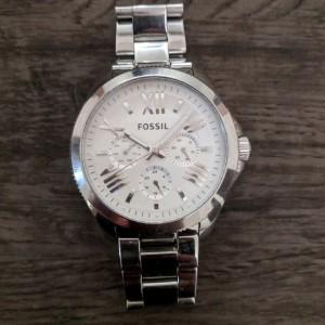 ساعت مچی عقربه ای زنانه فسیل مدل AM4509-تصویر 3
