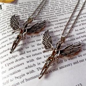 گردنبند مدل فرشته طرح بالدار-تصویر 2